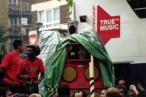 Notting Hill Stadtteil : feature nottinghill carnival 2001 ~ Buech-reservation.com Haus und Dekorationen