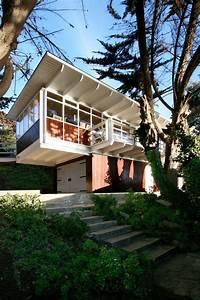 Garage Martinez : garage art studio juan luis mart nez nahuel archdaily ~ Gottalentnigeria.com Avis de Voitures