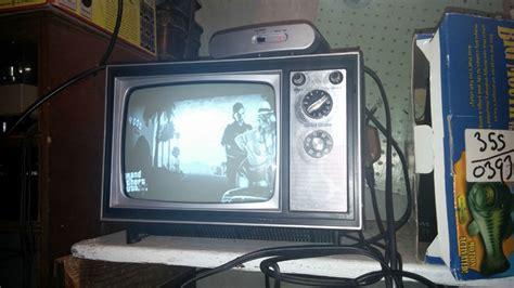 gta       black  white tv vg