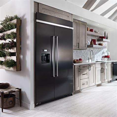 ge monogram  refrigerator reviews holiday hours