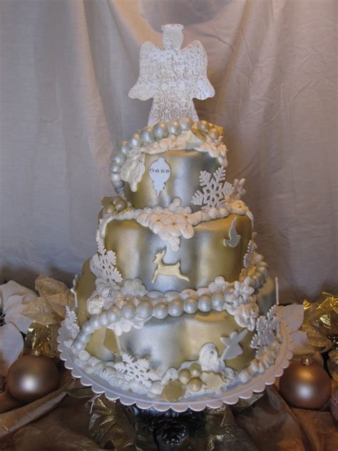 easy classy christmas tree from fondant tree cakecentral