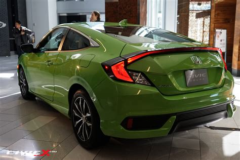honda civic colors a look at the 2016 honda civic coupe in all factory colors