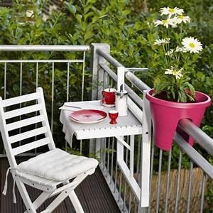 Ikea Table Balcon : choisir des fleurs pour un balcon marie claire ~ Teatrodelosmanantiales.com Idées de Décoration