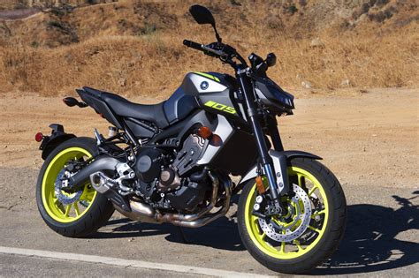 Review Yamaha by 2018 Yamaha Mt 09 Review 14 Fast Facts