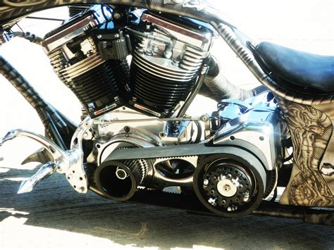 Airbrushed Biomechanics Custom Motorcycle Paint Theme