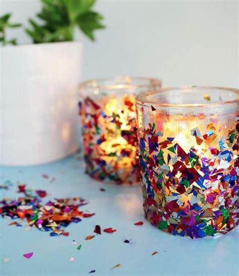 faschingsdeko basteln mit kindern faschingsdeko basteln windlichter konfetti kleben idee