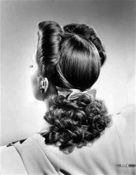 1940s Hairstyles With Scarf by April Tutorial 1940s Hairstyle With Scarf Three Ways