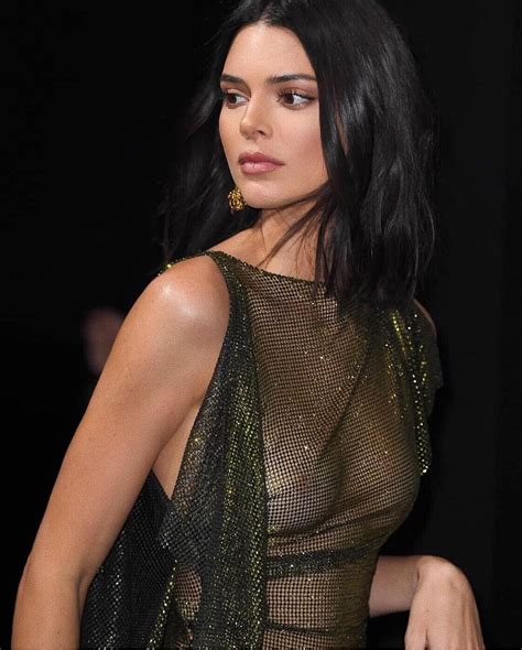 Kendall Jenner Sexy And Topless 20 Photos The Fappening