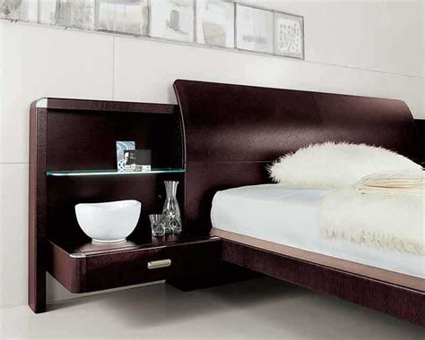 The Doimo Meti Solid Wood Platform Bed With Nightstand