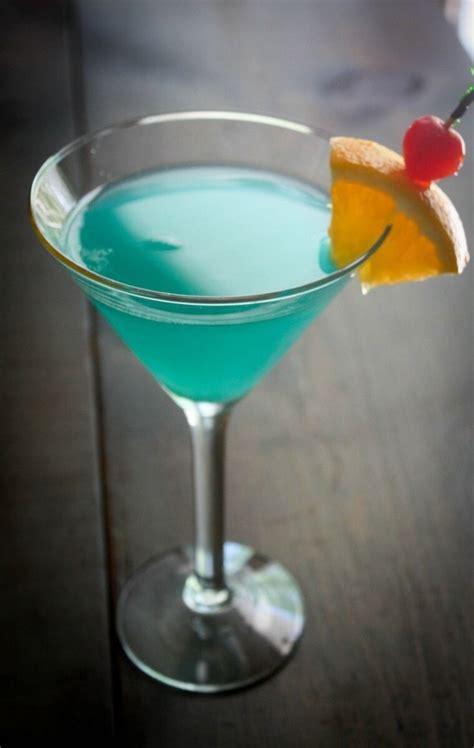 Blue Lagoon Cocktail Recipe In 2019 Liquid