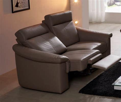 canap cuir ou tissu petit canapé relax électique cuir ou tissu 2 places johnjohn