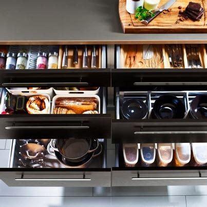 how to organize kitchen cabinets 7 best id 233 er f 246 r hemmet images on kitchen 8768
