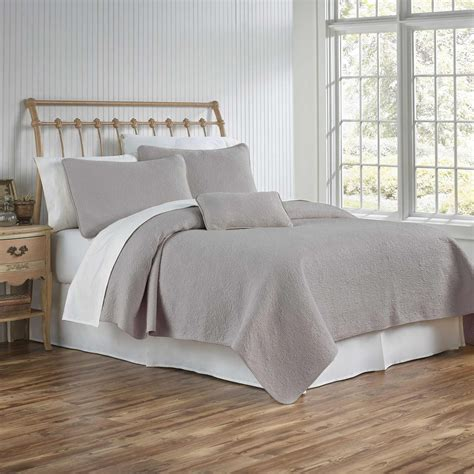 Grey Coverlet by Tl At Home Couture Matelasse Coverlet And Shams