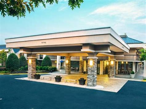 dulles airport information desk phone number best western dulles airport inn sterling virginia