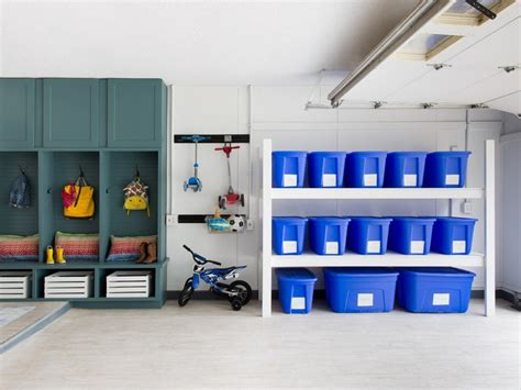 Garage Organizers : How To Organize Your Garage From Top To Bottom