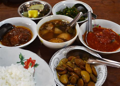 cuisine snack myanmar authentic food