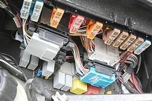 Batterie Espace 3  Renault Modus D Pose De La Batterie