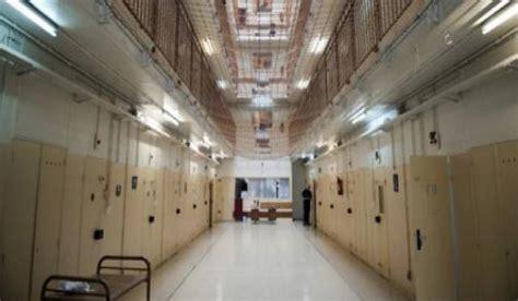 interieur d une prison bni bouayach deux individus condamn 233 s 224 4 ans et 2 ans de prison 183 zenata news