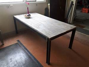 Table Plateau Bois : bleuacier mobilier tables sellettes mange debout ~ Teatrodelosmanantiales.com Idées de Décoration
