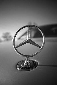 Mercedes Benz Emblem : 1000 images about mercedes benz on pinterest cars ~ Jslefanu.com Haus und Dekorationen