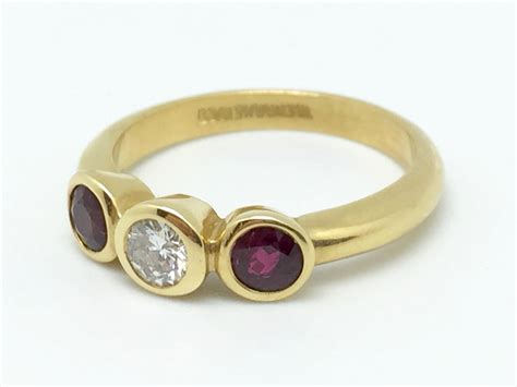 18ct Yellow Gold Ruby And Diamond Bezel Set Ring Handmade Jewelry Holder Ideas Making Supplies India Macy's Kit And Luc Earring Tray Jewellery Candles Nz Clearance Hair Accessories