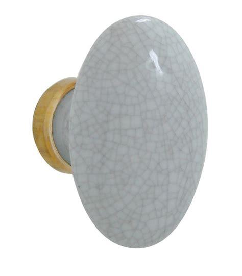 bouton simple ovale craquel 233 gris en porcelaine 1001poign 233 es votre sp 233 cialiste de la