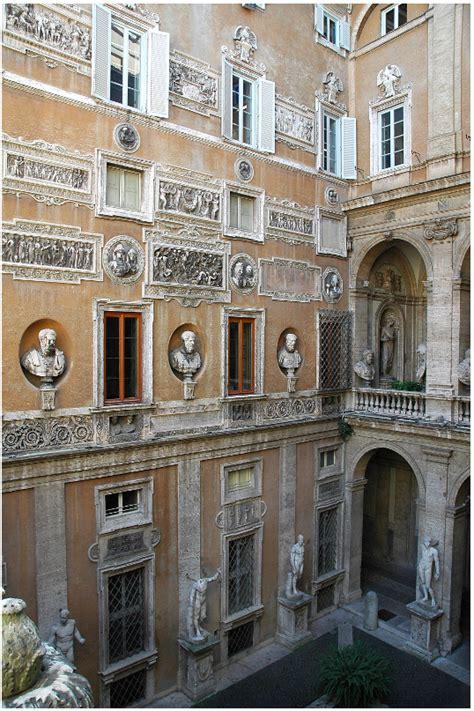 Il Cortile Roma by Roma Veduta Cortile Di Palazzo Mattei Di Giove