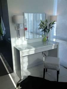 Table De Maquillage Ikea : malm vanity table ikea home pinterest manucure ~ Teatrodelosmanantiales.com Idées de Décoration