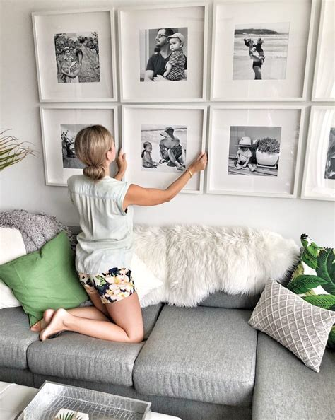 create  grid style gallery wall  family