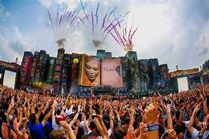 Tomorrowland 2012 Official Aftermovie Live Tracklist