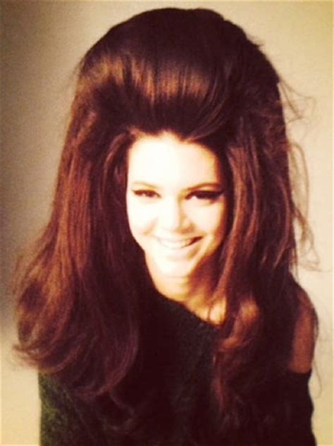 big hair dont care kendall jenner works huge  style