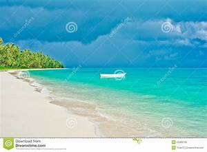 Desert Island Beach Stock Photo - Image: 23466760