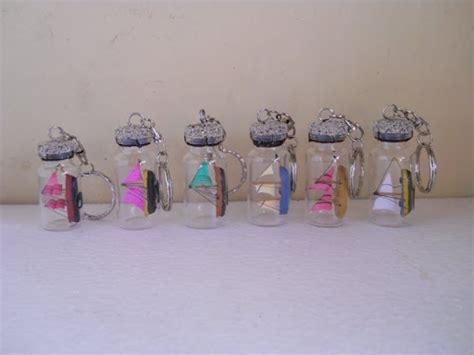 kerajinan miniatur kapal  diorama kereta api gantungan