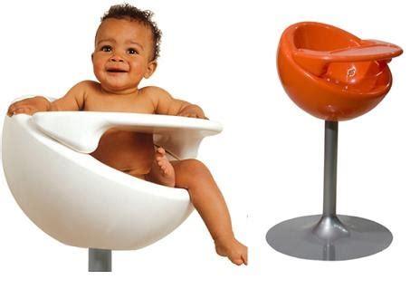 quand mettre bébé dans chaise haute design ėcolo ou design tout court pour bébé un éclat au coeur