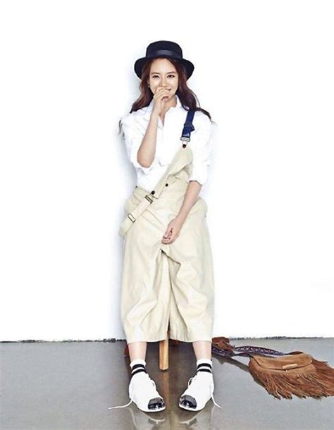 Song Ji Hyo Is Confident in Casual in Latest Fashion Pictorial | Soompi