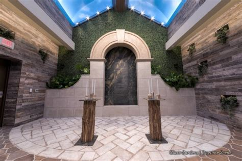 rustic chic wedding venue in las vegas glass gardens at