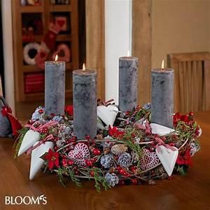 Deko Weihnachten Adventskranz : 1000 images about adventskranz adventsgesteck on pinterest advent wreaths advent and weihnachten ~ Sanjose-hotels-ca.com Haus und Dekorationen