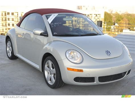 gold volkswagen beetle white gold metallic 2009 volkswagen new beetle 2 5 blush