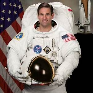Famous Astronauts from Canada | List of Top Canadian ...
