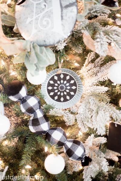 christmas tree  buffalo check michaels dream tree challenge  destiny home