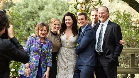 lauren young graham craig wedding nbc s parenthood needs to make a comeback