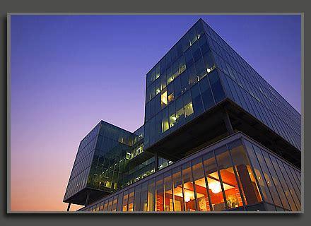 Moderno Edificio Tipico Dell'architettura Originale Ed