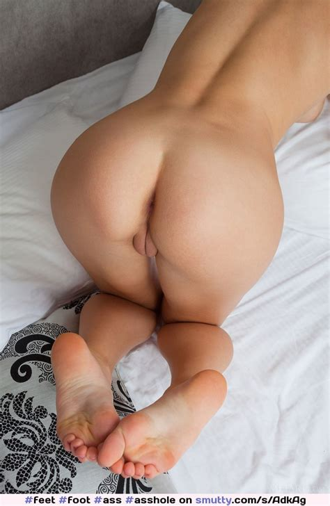 Butt Naked Feet Foot Ass Asshole Pussy Sole Soles Barefoot Wrinkled Wrinkles Cute