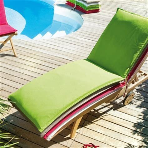 coussin pour bain de soleil coussin pour bain de soleil coloris moorea coussins coussins entretien et protection
