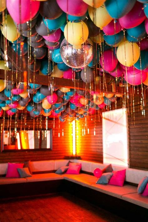 Decorating Ideas With Balloons by 25 Best Ideas About Balloon Ceiling Decorations On
