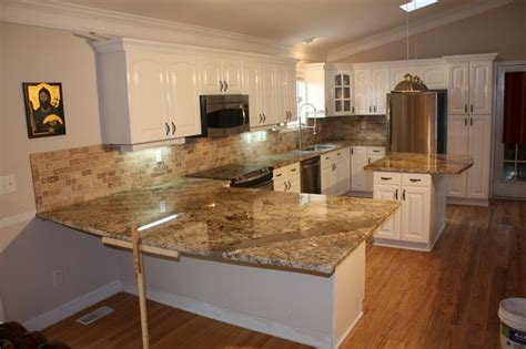 kitchen countertops and backsplash 15 best bordeaux river images on kitchen 4316