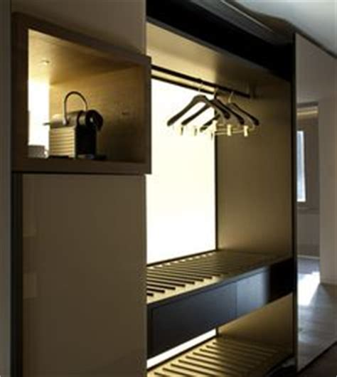 Closet Bay by 1000 Images About Hotel Closets On Hotels
