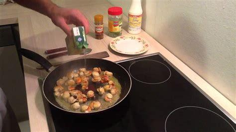 cuisiner coquilles st jacques préparer des coquilles jacques à la crème cuisiner