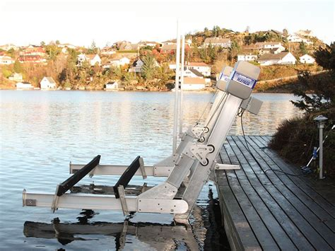 History Of Boat Lifts