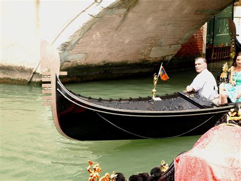 Difference Between Gondola And Boat by The Gondola Blog One Of A Kind
